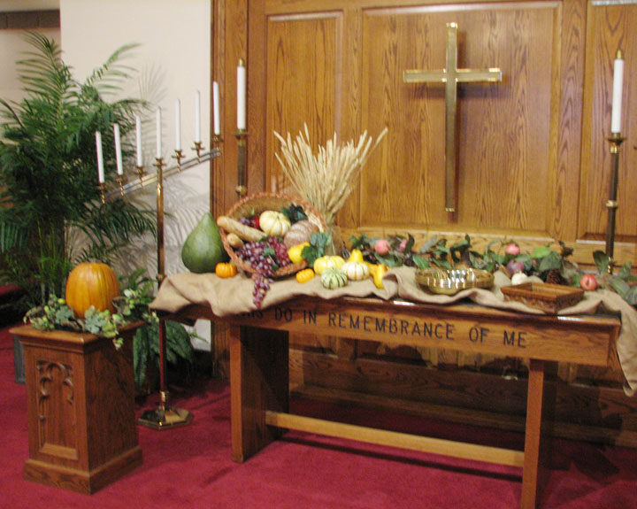 1000 images about thanksgiving altars on pinterest for Altar decoration for first holy communion